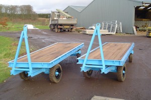 Model IP50TT - Cargo Trailer twin turntable trailers 5,000kgs load capacity, platform dimensions of 4000mm x 1200mm. Very manouvrable when towed in a train to suit application.